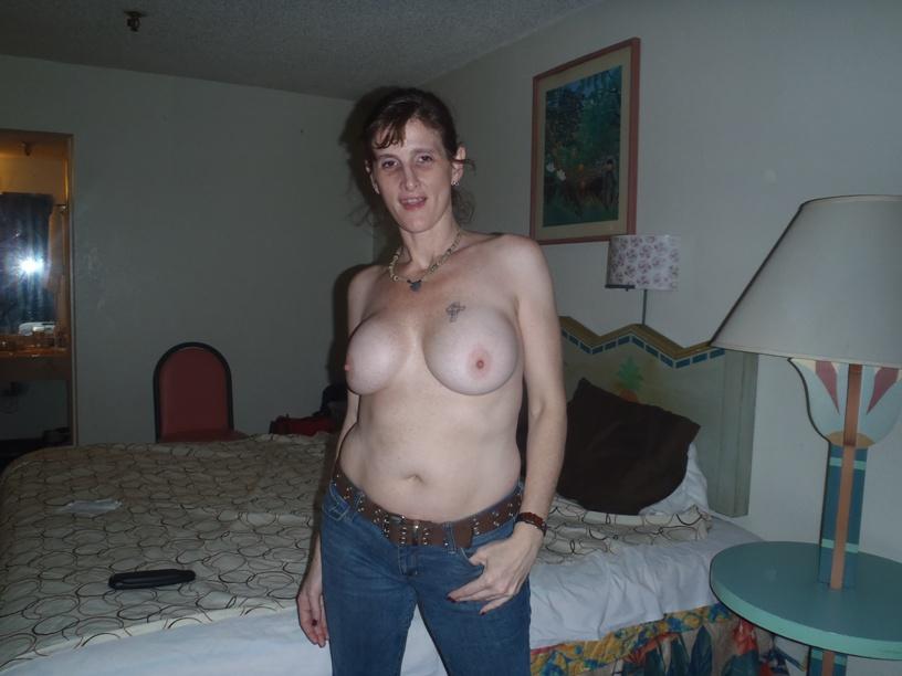 Super Hot Threesomes Lesbian