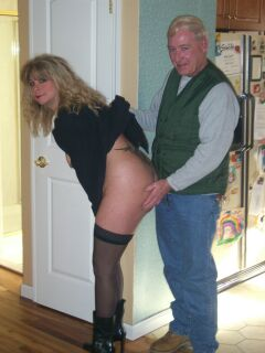 Nudist twerking handjob dick and anal