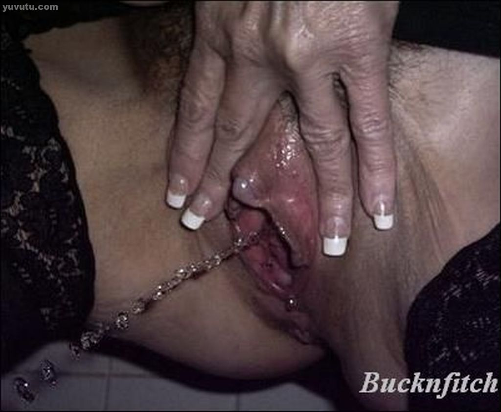Clitoris stimulating an ebony