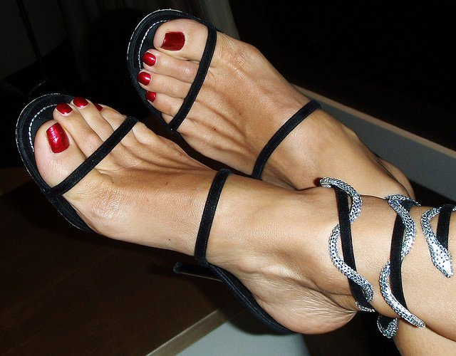 high heels feet fetish № 4957