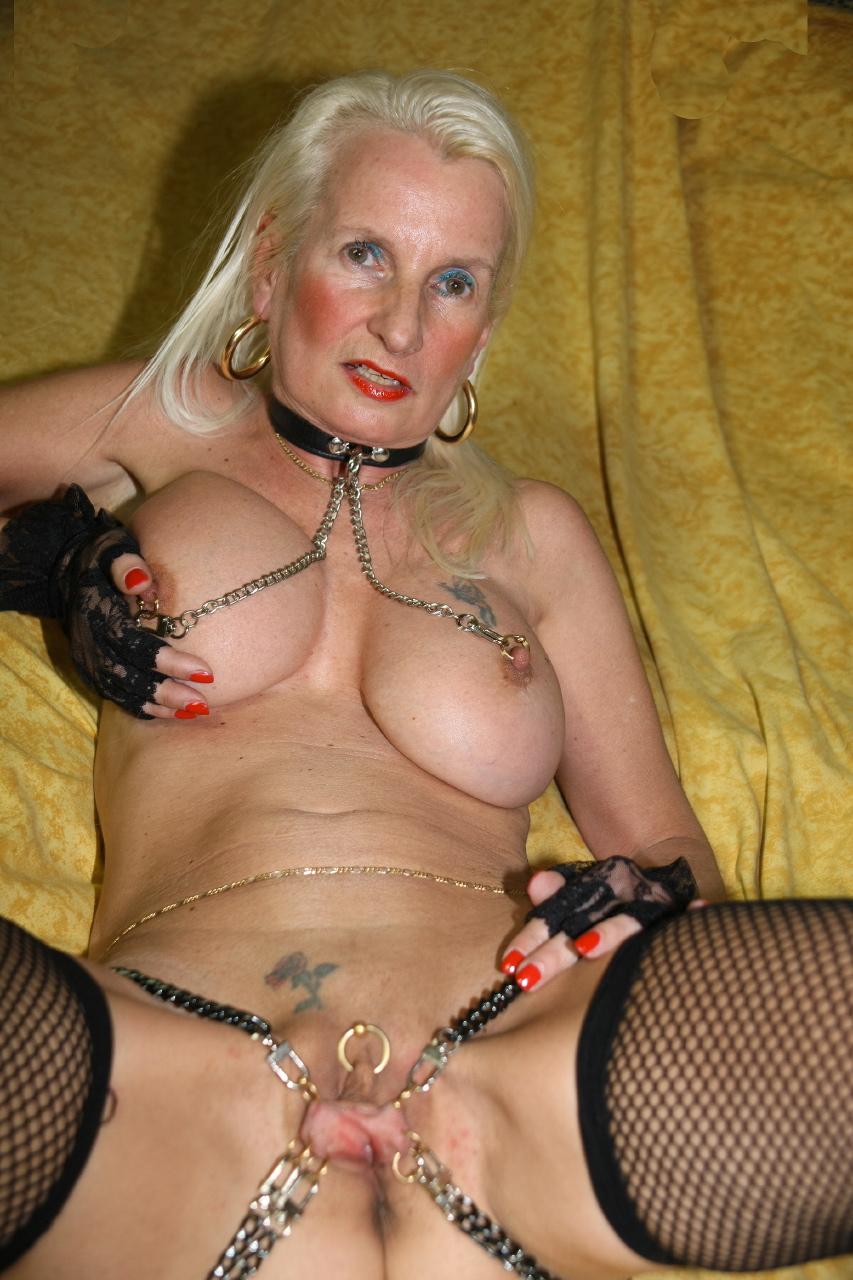 Free big boob milf porn