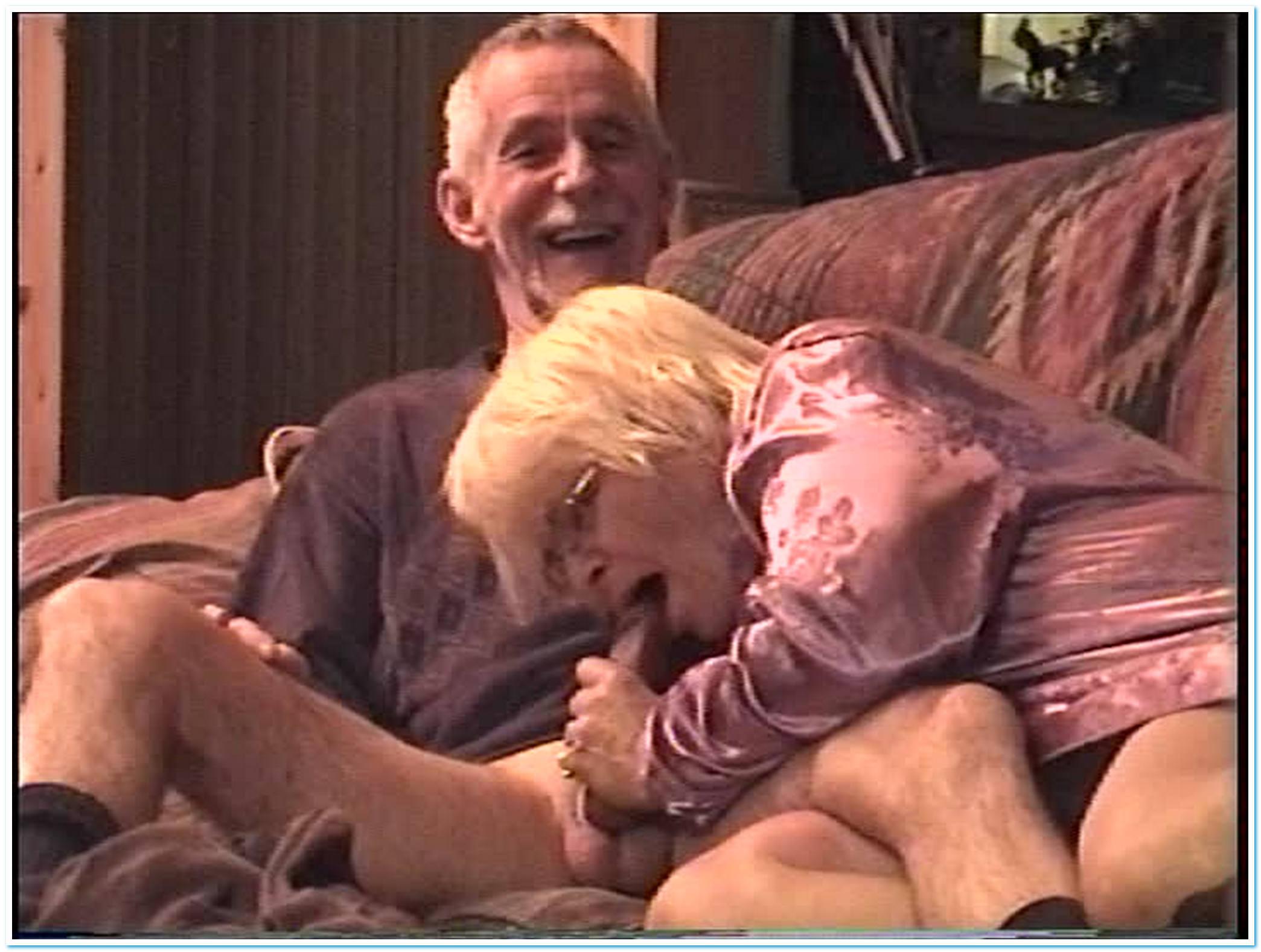 Секс дедули с бабулей 6 фотография