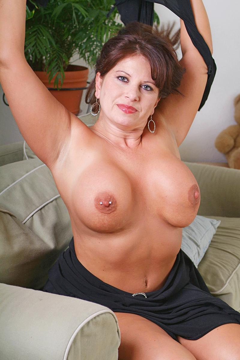 olderwomanfun.com pussy OlderWomanFun