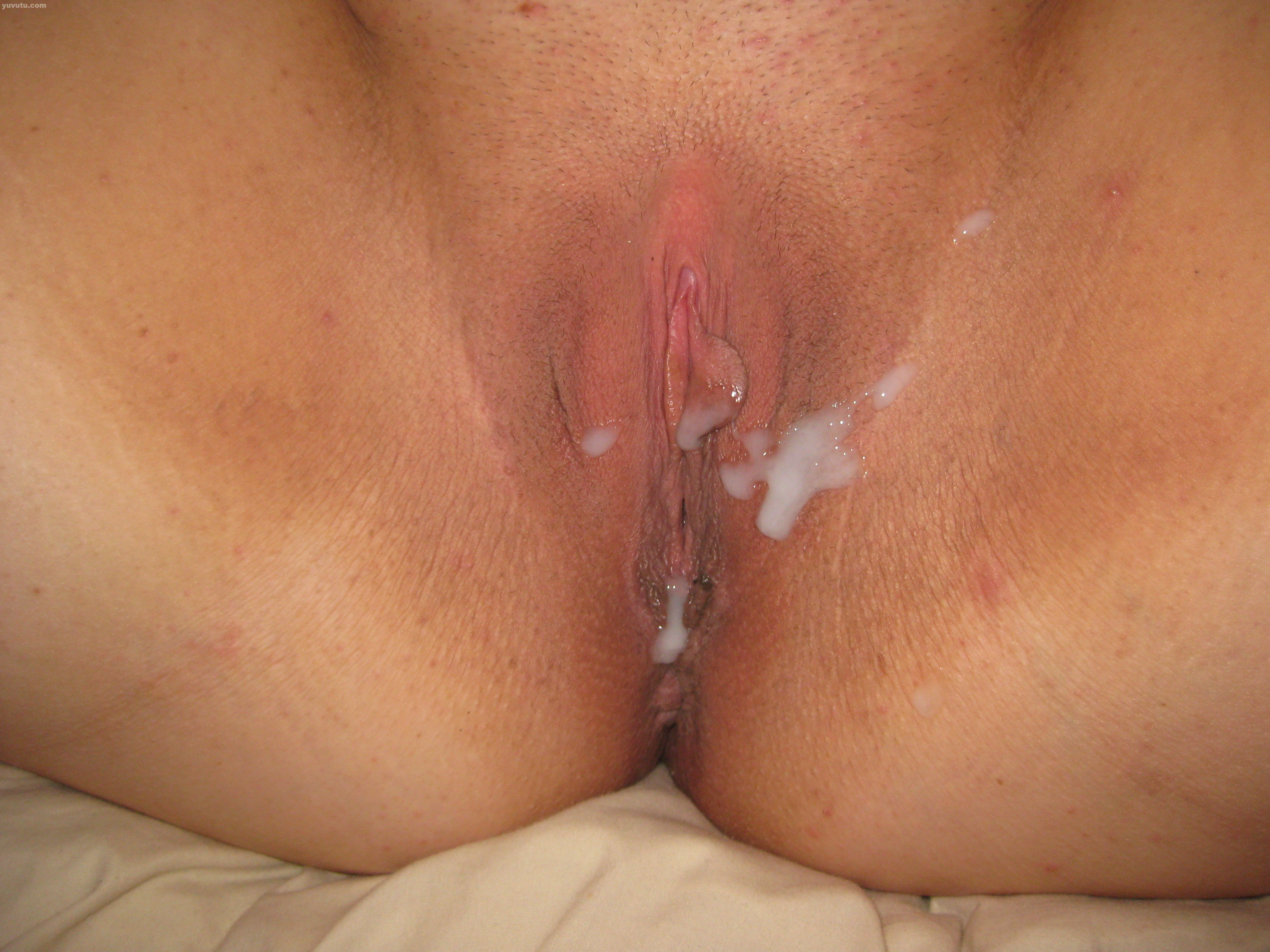 Extreme close up creampie
