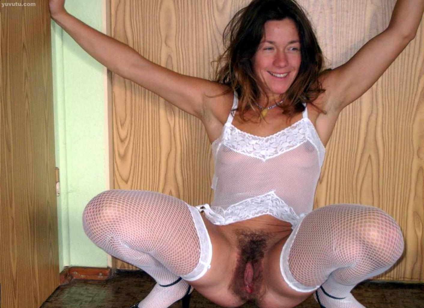Homemade milf hairy essence