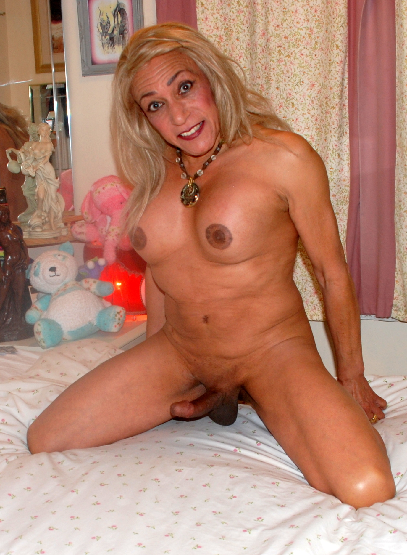 Fake celebrity nude tranny