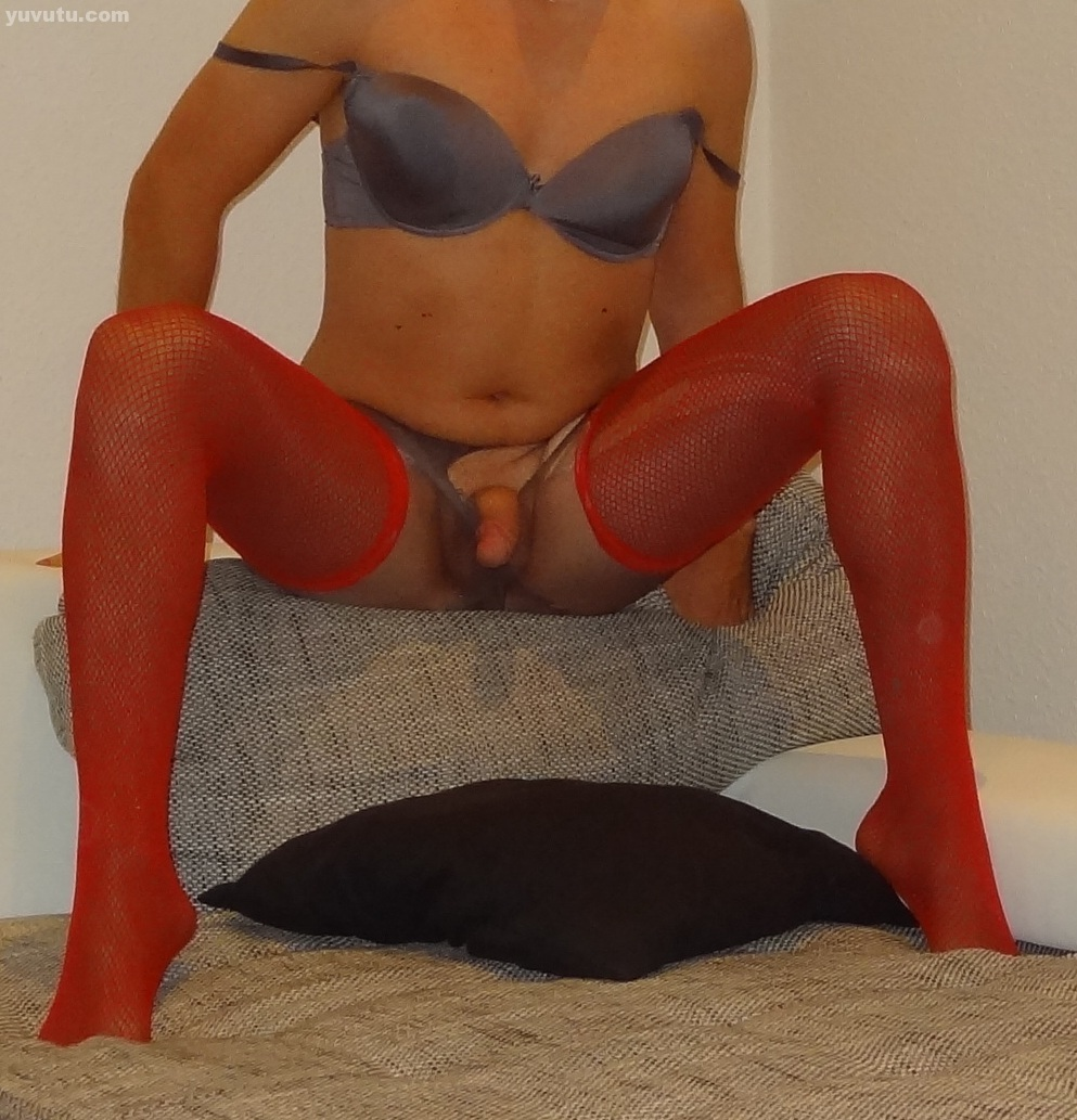 Love the feeling of pantyhose