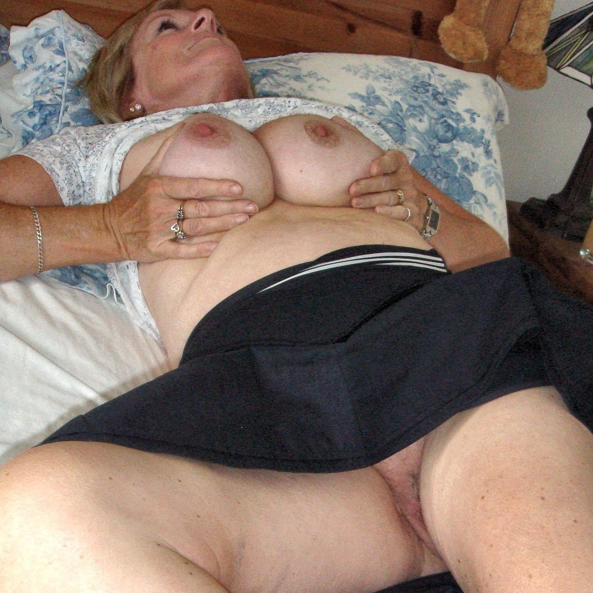 Amateur exhibitionist home