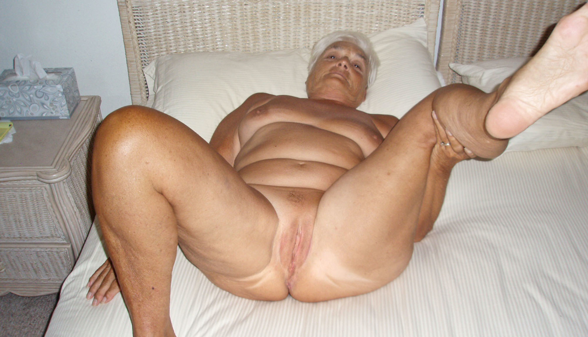 Old granny amateur homemade