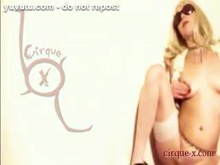 Fisting - Cirque-X - Isabella
