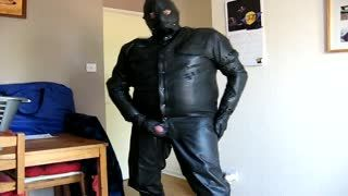 Gay - Playing in leather