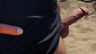 Flashing/Public - Stranger cums on me at the beach