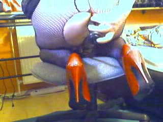 Dildo - in netz ind high heels
