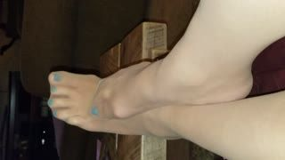 Fetish - blue toes footjob