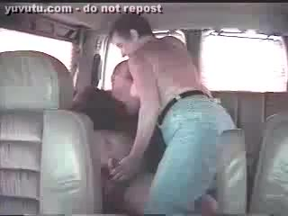 Sexe avec étrangers - Wife is late for work, but she dont care