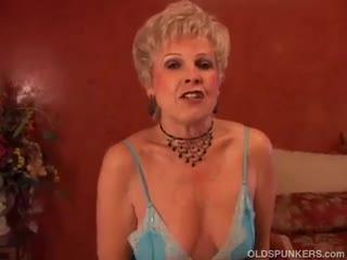 Mature - Gorgeous cougar sucks cock and eats cum