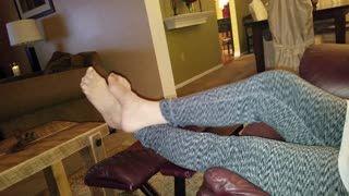 Anal - nylon footplay