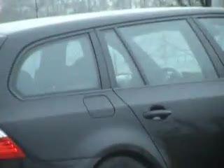 - becca coppia che tromba in car
