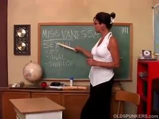 Mature - Sexy big tits MILF Vanessa Videl