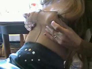 Weibliche Masturb. - Nylonspiele für das Hartpaar..................