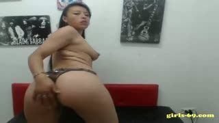 Latina - Hot Latina strips on cam