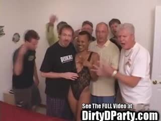 Gang Bang - Hot Ebony Kaitlyn's 7 White Cock Bukkake Gangban...