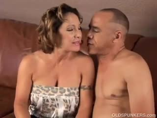 Mature - Gorgeous granny loves to fuck and eat cum