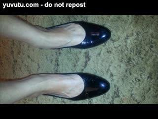 Missionary - sexy mature feet *****