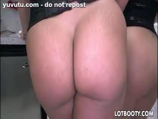 Tarte à la crème - Big asses latina Becca Diamond and Vanessa Luna ...