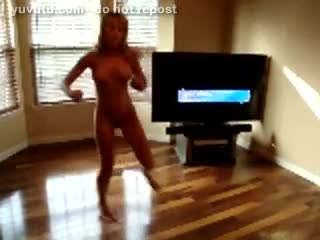 Examen/Pose - Fooling around naked and dancing