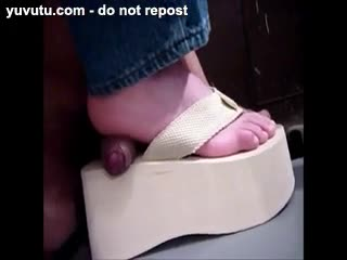 Foot Job - Shoejob with flip flop
