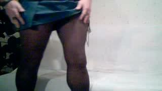 Missionary - Petit show en legging (part 1 of 2)