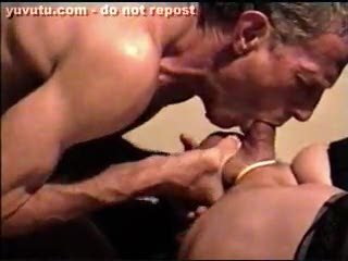 Travesti - cheating married guy pt2