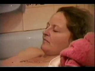 Interracial - Fart in The Bath