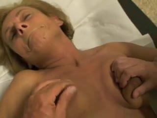 Madurez - Mia moglie Clara dal ginecologo parte 4