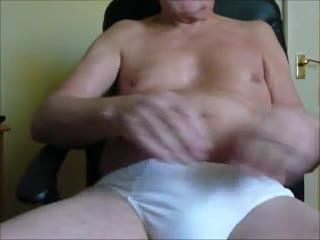 - 60yo Grandad wanking off 7.5in cock