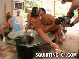 - Squirtfest At The Party