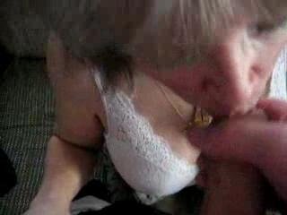 Blow Job - She Loves To Swallow