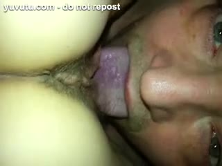 Mature - eating up a rich cunt