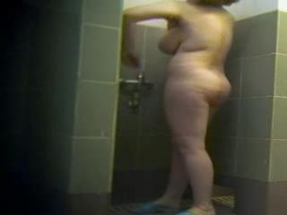 Rondes/potelées - voyered big tits