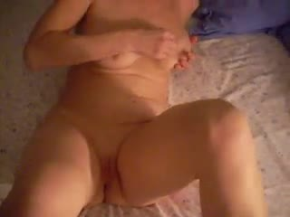 Massage des seins - playing with her tits