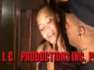 - IS THIS T.I. FUCKN A YOUNG GROUPEE  COMPLETE VID...