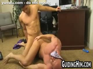 Gay - Horny friends fuck at work