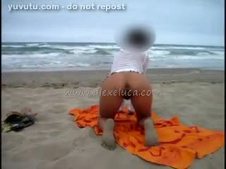 Flashing/Public - Sulla spiaggia..... On the beach.....