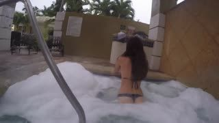 Blow Job - Hot tub, foam, a wet pussy and a great BJ