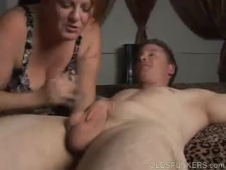 Blow Job - Chunky old babe loves to suck cock