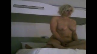 Cream Pie - virginie baisee a l hotel comme une putain