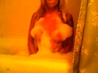 Massage des seins - playing with my titties