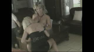 Lesbian Sex - lesbians