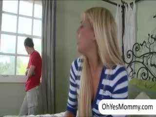 Madurez - Sexy ***** Carmen Monet catches her stepmom Jenn...